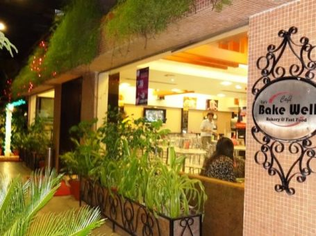 Cafe Bake Well – Crown Palace